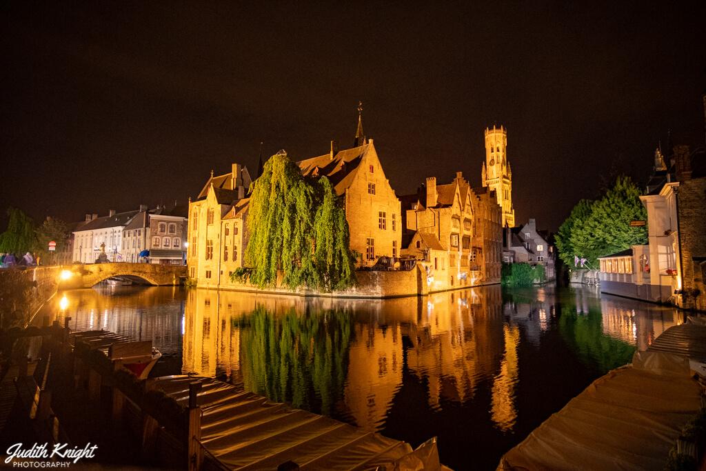 Bruges in 20 Photos